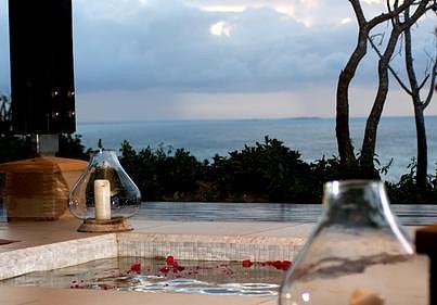 Indigo Bay Island Resort