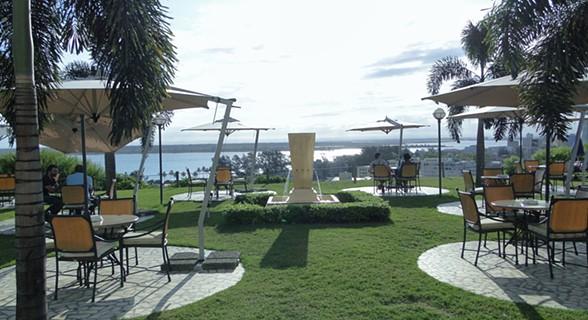 Esplanada do Hotel Cardoso