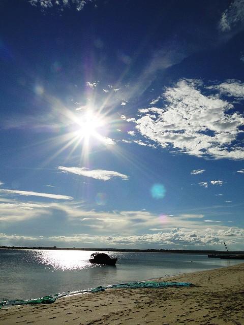 O pôr-do-sol na praia de Fernão Veloso. Foto Marta Curto