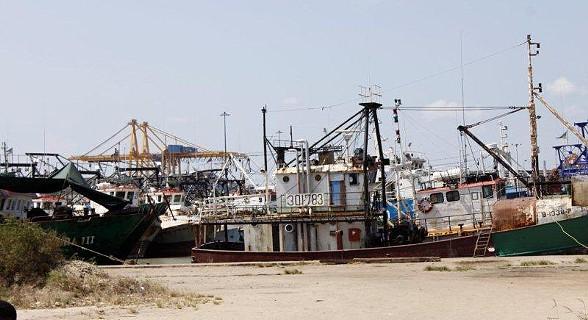 Porto da cidade da Beira.