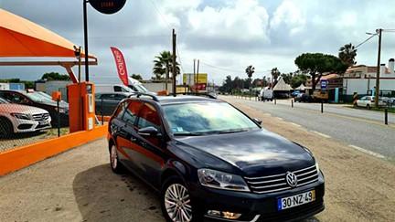 Volkswagen Passat V. 2.0 TDi Confortline (140cv) (5p)