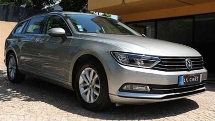 Volkswagen Passat Variant 1.6 TDI Confortline Cx Auto DSG, Só 76500 km. Nacional