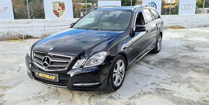 Mercedes-Benz Classe E 220 CDi Avantgarde BlueEf. (170cv) (5p)