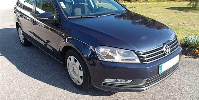 Volkswagen Passat V. 1.6 TDi Confortline (105cv) (5p)