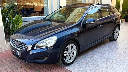 Volvo V60 2.0 D4 Momentum S&S 119g (163cv)