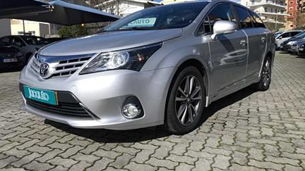Toyota Avensis SW 2.0 D-4D Luxury+Nav (124cv) (5p)