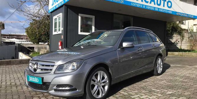 Mercedes-Benz Classe C 200 CDi Avantgarde BE (136cv) (5p)