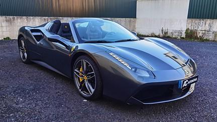 Ferrari 488 488 SPIDER (670cv)