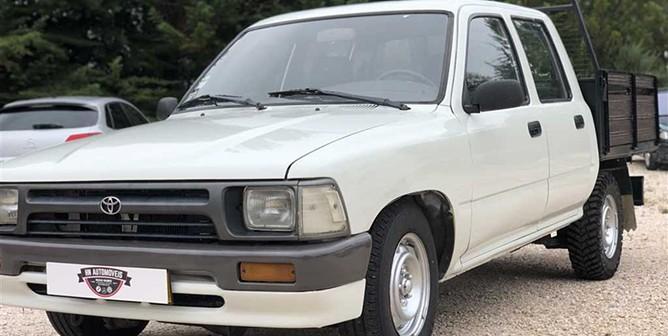 Toyota Hilux 2.4 D LN105LP C. Dupla (83cv) (4p)