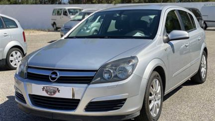 Opel Astra 1.3 CDTi Elegance (90cv) (5p)