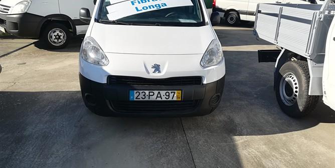 Peugeot Partner 1.6HDi Longa 3 Lugares Fibrada (VENDIDA)
