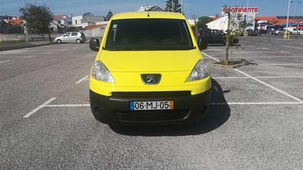 Peugeot Partner 1.6 90HP Longa 3 Lugares