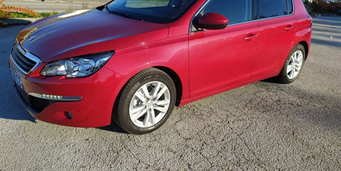 Peugeot 308 1.6 BlueHDi Allure J17 EAT6 (120cv) (5p)
