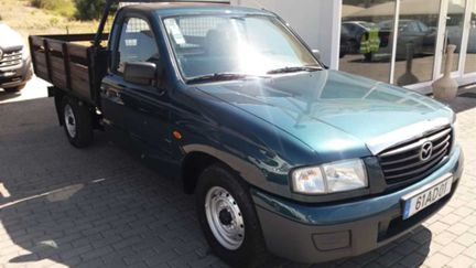 Mazda PICKUP CAIXA DE MADEIRA