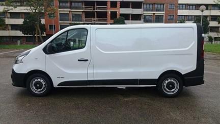 Renault Trafic 1.6 dCi L2H1 (120cv) (5p) (3Lug) - AR CONDICIONADO - IVA DEDUTÍVEL