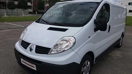Renault Trafic 2.0 dCi L2H1 1.2T115 (115cv) (5p) - EQUIPADO COM FRIO (-5º)