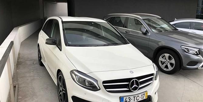 Mercedes-Benz Classe B 180 d AMG Line (109cv) (5p)