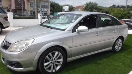 Opel Vectra GTS 1.9 CDTi (150cv) (5p)