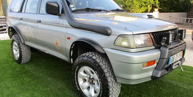 Mitsubishi Pajero Sport WAGON 2.5 TD 4WD LONGO