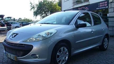 Peugeot 206+ + 1.1 Trendy (60cv) (5p)